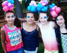 NEW: face painting and balloon twisting in the Litchfield CT and Amherst MA areas!
