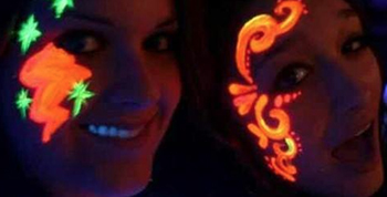 UV Glow Face Painting